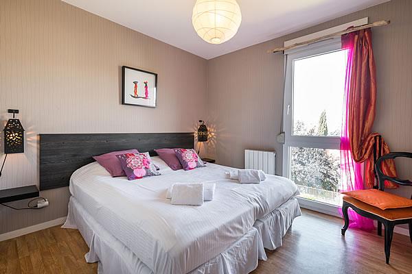flat fish location meubl e t2 lyon monplaisir lumi re. Black Bedroom Furniture Sets. Home Design Ideas